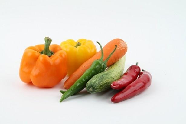 1日に必要な野菜の摂取量、回答者の3割が「十分食べている」と誤認していた
