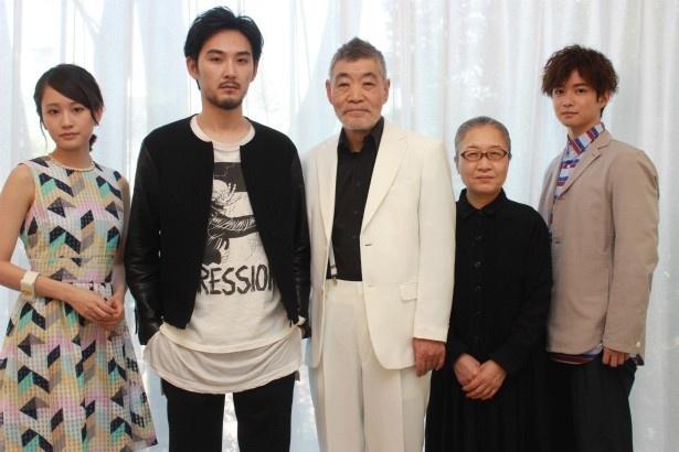 『モヒカン故郷に帰る』の松田龍平・柄本明・前田敦子・もたいまさこ・千葉雄大を直撃