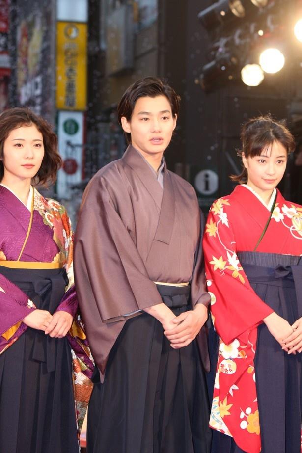 スタイルの良さで袴を着こなしていた野村周平