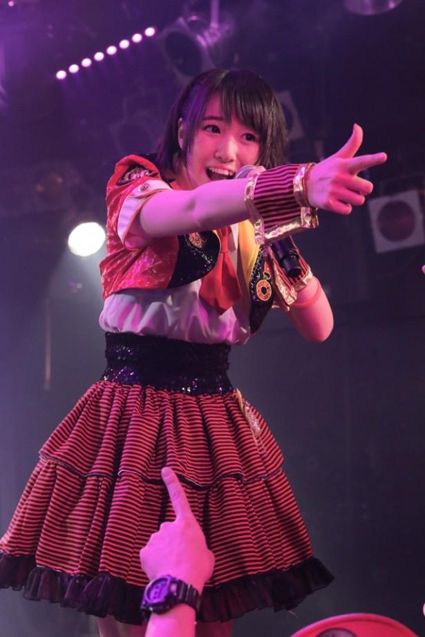ライブでは「VISION.」「ハイテンションガール」「最強メロディー2」などを歌い上げる