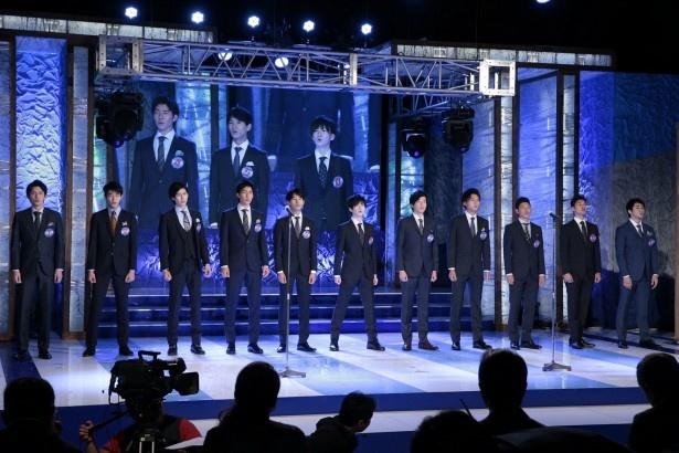 歌唱審査では、石原プロの社歌である「太陽と星たちの賛歌」をファイナリスト11人で歌った