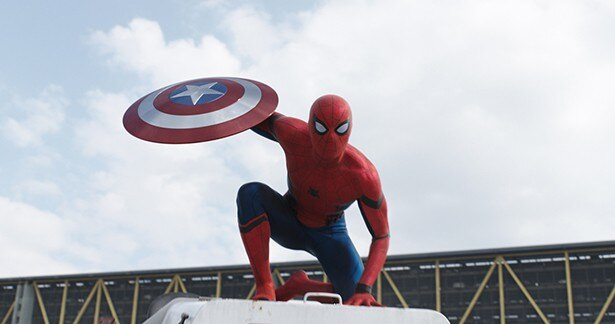 日本でも大人気のマーベルヒーロー、スパイダーマンがついに参戦!