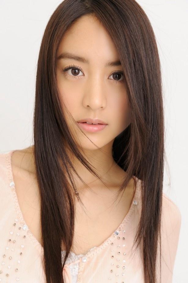山本はさまざまなドラマで活躍する若手人気女優