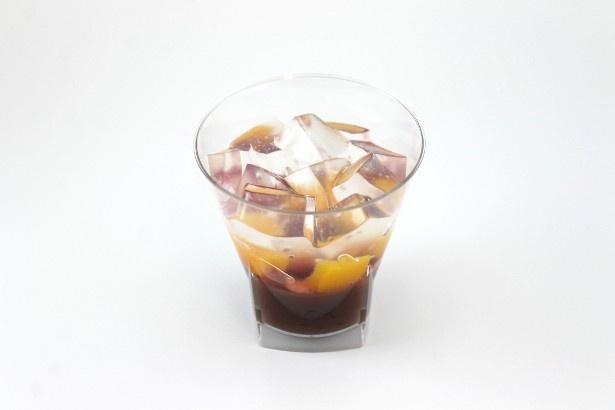 北海道産小豆を使用したこしあんを使ったみずみずしい和風創作スイーツ「シェリエドルチェ 彩り涼味ぜんざい」(240円)は6月21日(火)発売