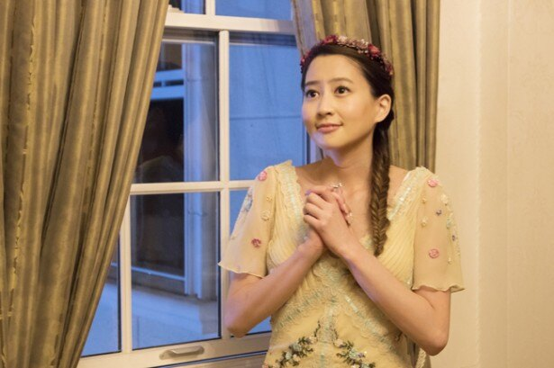 外出禁止を言い渡された麗子は哲也が「ロミオとジュリエット」のように助けに来てくれると妄想する