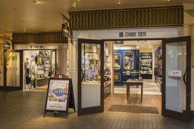セレクトショップSTANDBY TOKYOも千葉県初出店。旅をコンセプトとした雑貨やファッションアイテムが並ぶ