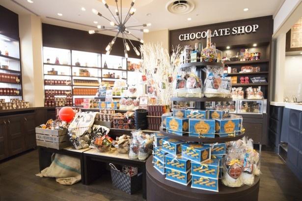 国内5店舗目となるイクスピアリ店のグッズエリアは、国内で最大級!「お土産に買って行きたい。食事やスイーツだけでなく、ぜひチェックしてほしい」と水谷さん