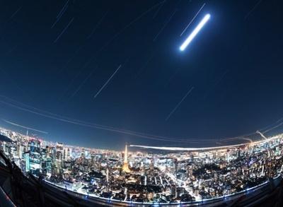 東京夜景に降り注ぐかのような、晴れの日にスカイデッキから見た星