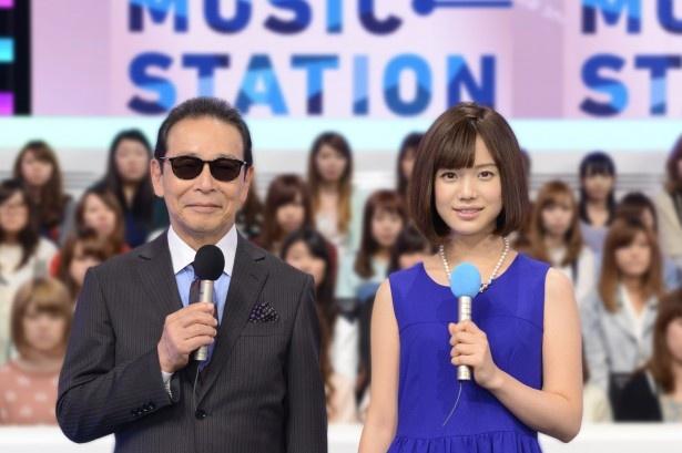 「ミュージックステーション」のMCを務めるタモリ、弘中綾香アナ(写真左から)
