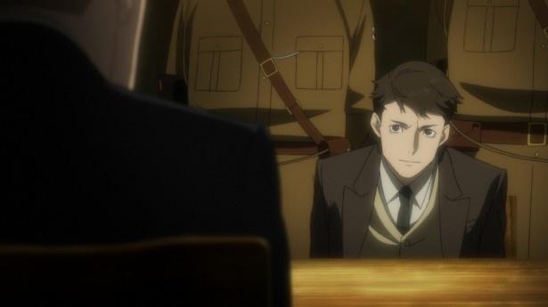 【写真を見る】第5話では、ロンドンで写真店を営む伊沢和夫が、突然スパイ容疑で拘束。尋問に耐える伊沢の前に、英国諜報機関のスパイ・マスターであるハワード・マークス中佐が現れる