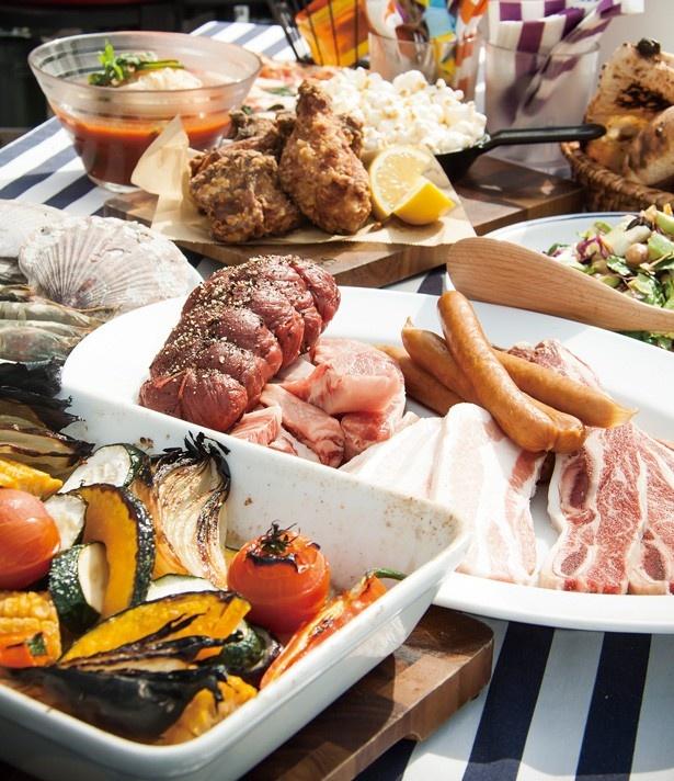 大きな肉を固まりのまま焼いて味わえる豪快なプラン「デラックスプラン(フリードリンク付き)」(大人1人6000円)/GARB weeks