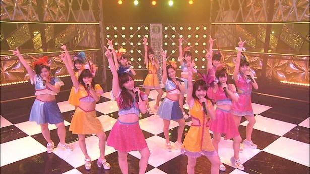 モーニング娘。'16が「The Girls Live」で、ズッキ(鈴木香音)のラストシングル「泡沫サタデーナイト」を歌う