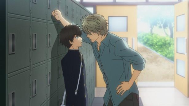 【写真を見る】第5話では、零が晴と「いってきます」のキスをしているところを、入学早々クラスメートに見られてしまう。一方、晴は郁芳にある質問をされ…