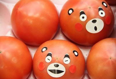 【写真を見る】通常のトマト、ミニトマトに加え、甘味と酸味のバランスが良い新品種のミニトマト「アンジェレ」も登場 ※写真はイメージ
