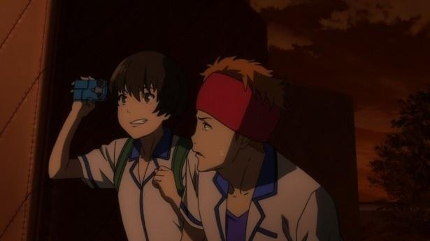 TVアニメ「クロムクロ」第6話先行カットが到着。剣之介が高校生に!