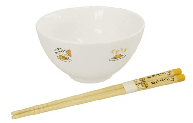 スピードくじで当たる茶碗と箸がセットになった「たまごかけご飯セット」