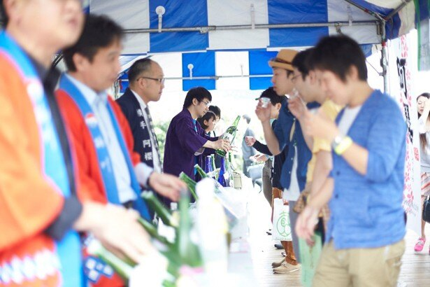 日本酒初心者の若い人たちも楽しめるフェス