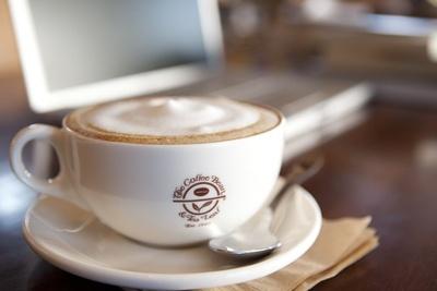 1963年にカリフォルニア州ロサンゼルスで誕生した「The Coffee Bean & Tea Leaf(R)」