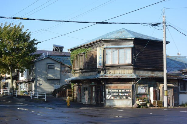 「僕」の父が営むカモメ時計店は函館で撮影!