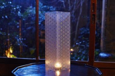 Daratro氏の行灯はこれからの季節に喜ばれる涼感も与えてくれる
