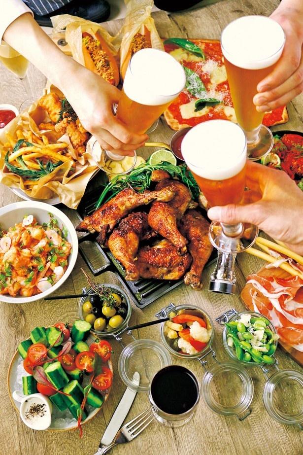 お酒との相性も抜群なデリ惣菜など、今年もメニューが充実/うめはん ビアガーデンマルシェ