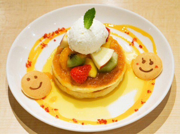 「フレンチパンケーキのクレープシュゼット風」(1080円)/パンケーキデイズ 原宿店
