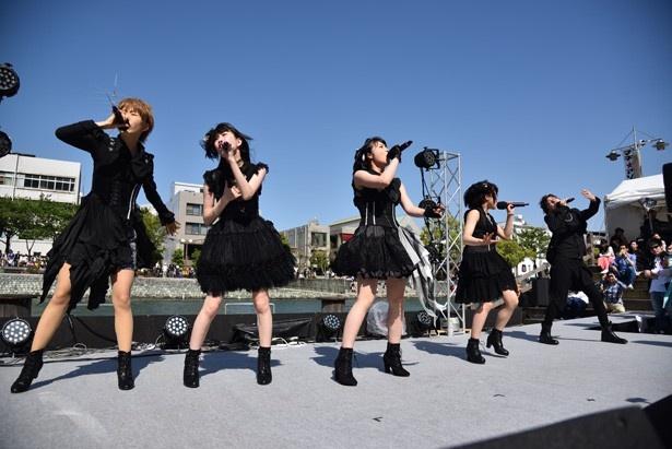 avex pictures SPステージで「WUG!」「あんハピ♪」「ハンドレッド」がトーク&ライブ!【マチ★アソビ Vol.16】