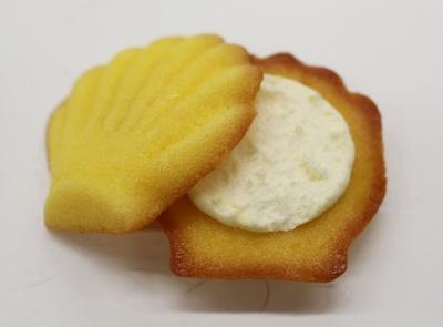 ヨーグルトクリームの爽やかな風味の中にも、マスカルポーネの豊かなコクが際立つ