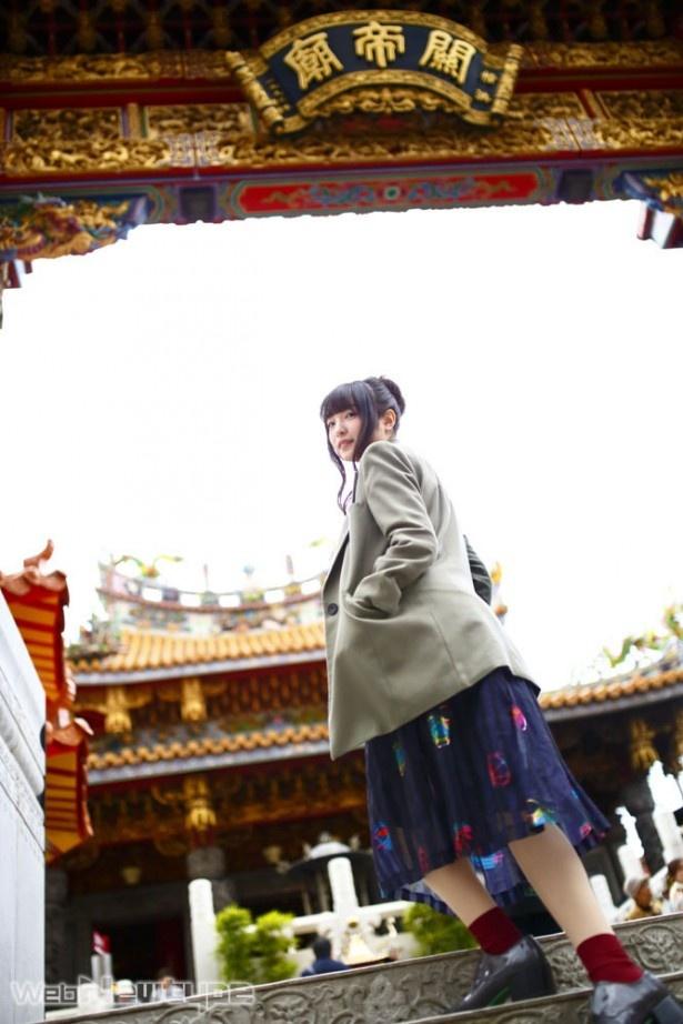 上田麗奈フォトコラム第14回・異国の風が吹く中華街で見つけた色は?