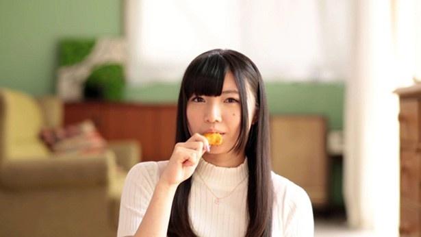 おむすび名人はうんめーにゃー♪ Wake Up, Girls!が米菓とコラボ