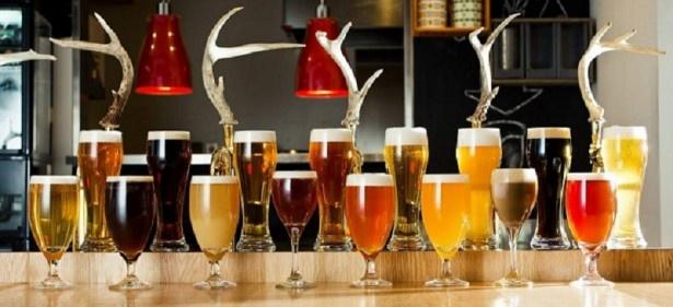 ビアダイニグ「SCHMATZ(シュマッツ)」は、国内最大級となる8種類のドイツドラフトビールをラインアップ