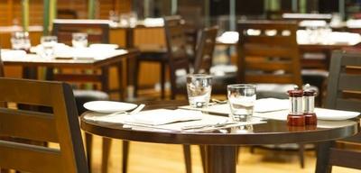 レストラン&バー「ザ・ダイニングルーム」