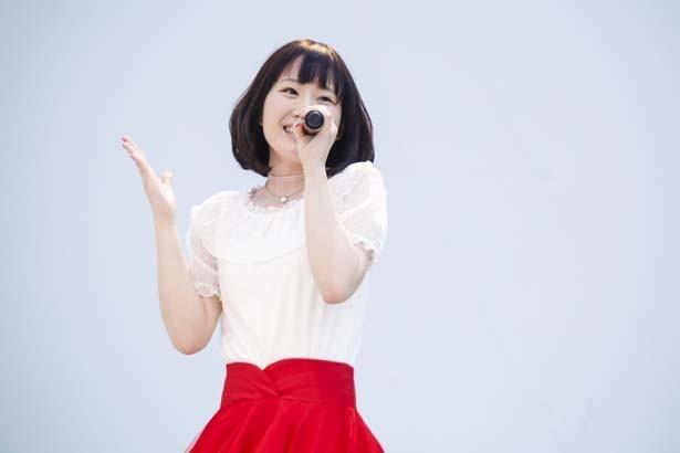 """「マクロスΔ」新星歌姫コンビ、地球初の""""ワクチン""""ミニライブ開催!"""