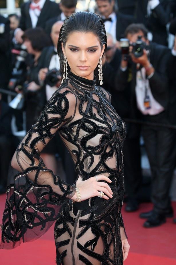 第69回カンヌ国際映画祭のベストドレス1位はケンダル・ジェンナーが着ていた大胆なシースルーのドレス!