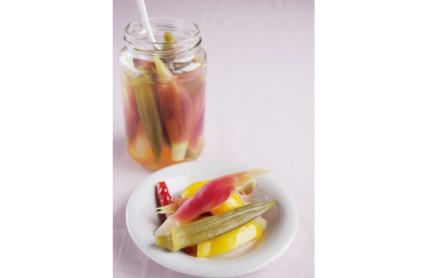 さわやかな酸味が夏にぴったり。「夏野菜のピクルス」