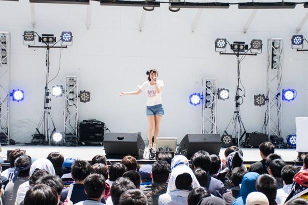 渕上舞が想いを込めてライブ披露&1000ちゃんのメジャーデビュー決定!【マチ★アソビ Vol.16】