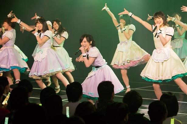 山本 彩が所属するチームNは、キレのあるダンスが持ち味。生で魅力を確認しよう