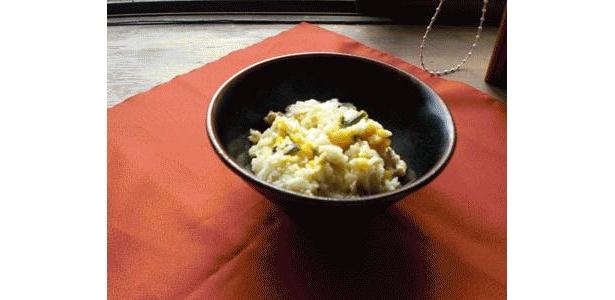 昨日の残りの冷やご飯で作ったバージョン。10分でできちゃいます。