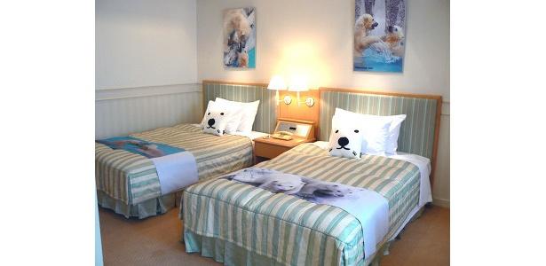 ベッドも超かわいい!カバーには白クマの写真をプリント