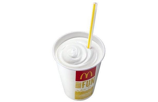 マックシェイク ヨーグルト味。暑い外回りの休憩に、食後のデザートにと活躍しそう