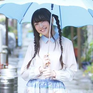 上田麗奈フォトコラム第17回・月島の雨粒に包まれて