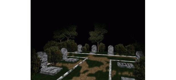 岐阜県某所にある外国人墓地は、夜になると十字架が闇に浮かぶという不気味なスポット。このストーリーのカギは墓地の中の電話ボックス
