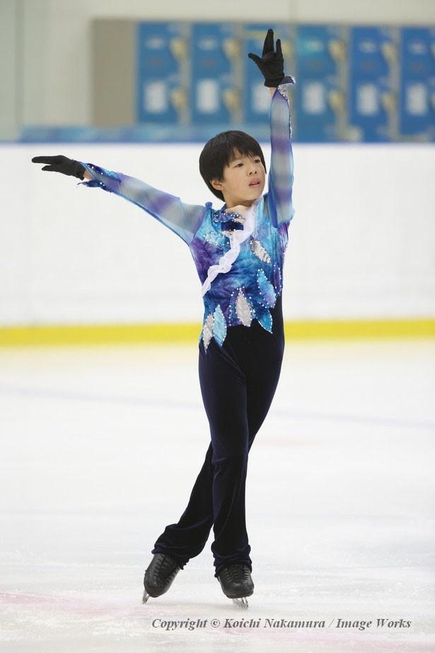 ノービス世代で大きな注目を集める佐藤駿。今季の新プログラムをお披露目