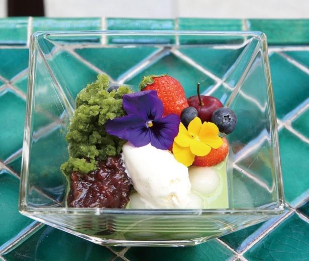 お茶の風味が濃厚な「宇治金時白玉ぜんざい」(600円)は、ぜんざいの甘さとのバランスも最高/Salon de KANBAYASHI