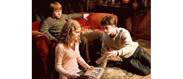 ハリー、ロン、ハーマイオニーたちのラブコメも見どころのひとつ