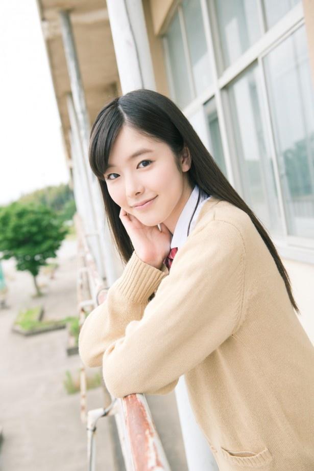 ドラマ「こえ恋」で、緑川玲那を演じる唐田えりか