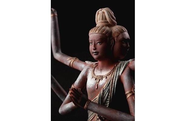 見よ、この表情を! リアル仏像 阿修羅(仕様1)は、高さ約31cm、重さ約1kg