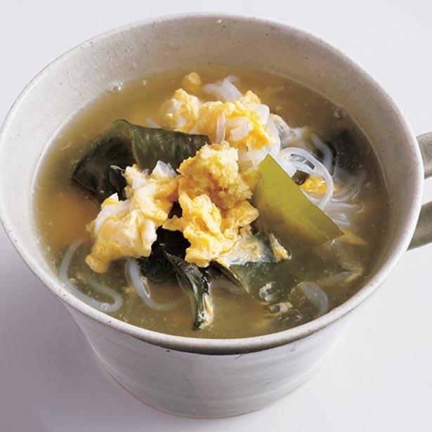 軽く食べられるから、お夜食にもぴったり。「しらたきのかきたまスープ」