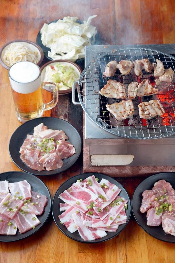【写真を見る】「90分食べ放題+ビール1杯」(LO70分)で1000円!? 衝撃価格の焼肉!