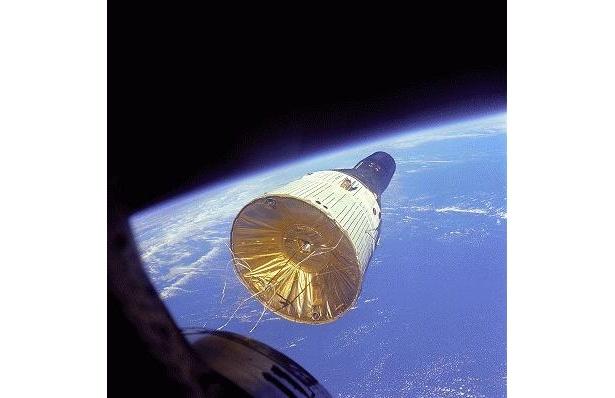 ジェミニ6号7号、ランデブー飛行に成功!